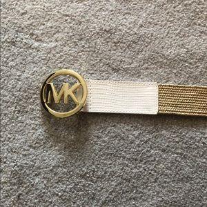 Super cute MK belt